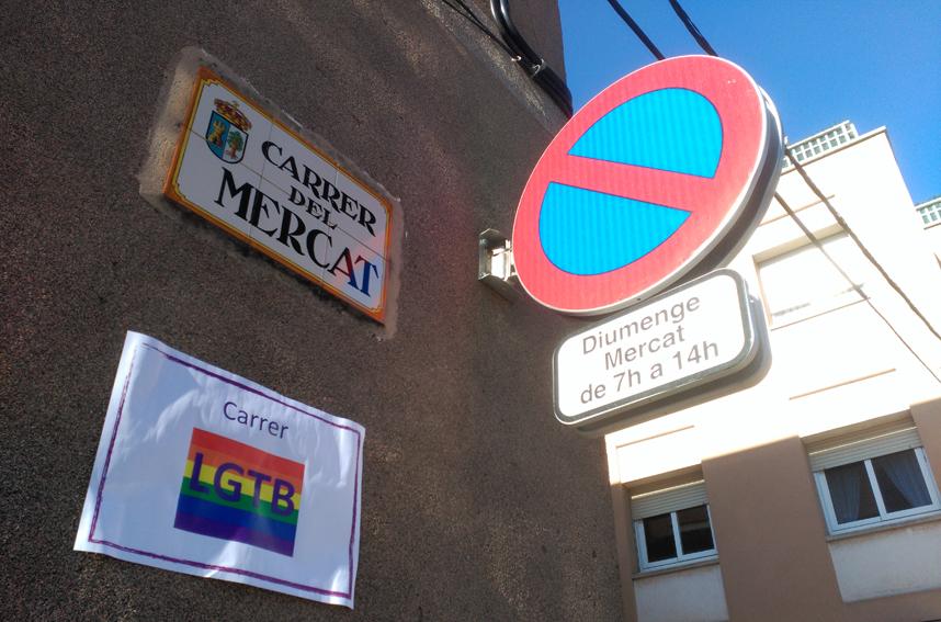 El carrer del Mercat de Prats, avui és el carrer LGTB