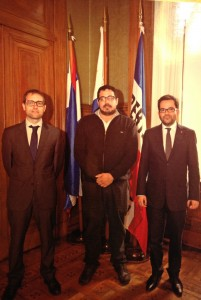 Roger Albinyana i Albert Royo amb Alejandro Sánchez, president de la cambra de representants de l'Uruguai