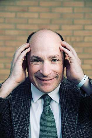 Jordi Play | David Saltzberg és professor de física i astronomia a la Universitat de Califòrnia.