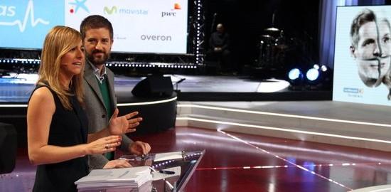 Els periodistes Ana Boadas i Toni Cruanyes, presentadors de 'La Marató' 2015