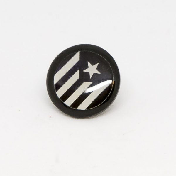 pin estelada negra