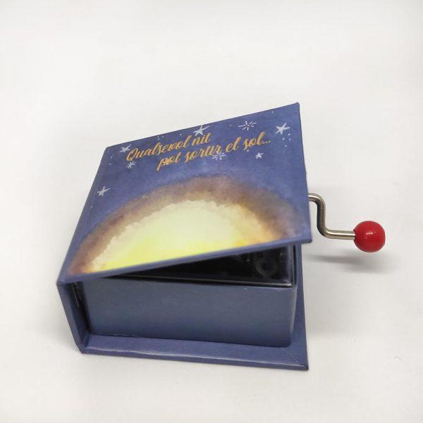 caixa musica qualsevol nit pot sortir el sol