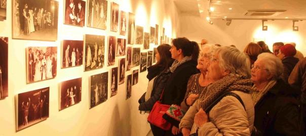 """Exposició """"Orígens"""" al Muse de Vestits de Paper de Mollerussa"""
