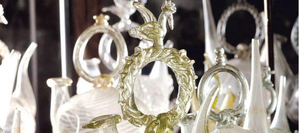 Col·lecció de porrons de vidre del Museu del Castell de Peralada