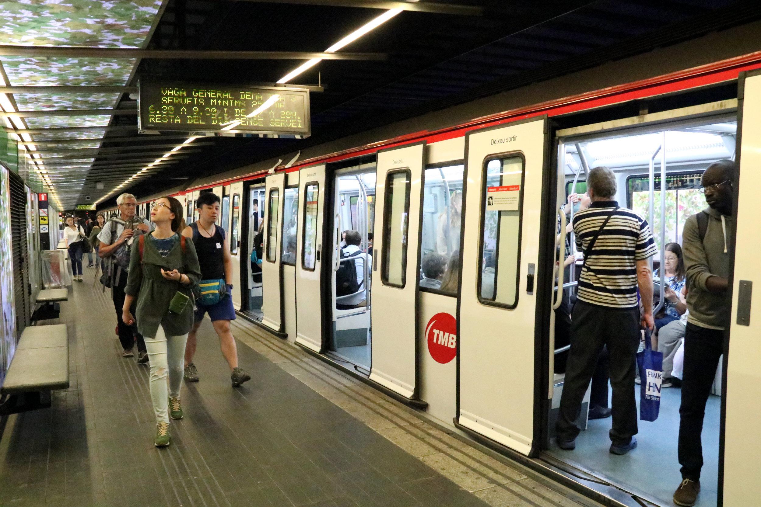 Els serveis mínims del transports públic durant la vaga general