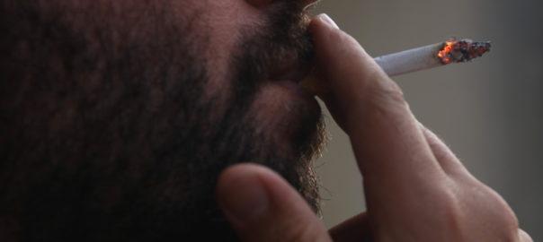 Normes contra coronavirus pais valencia fumar