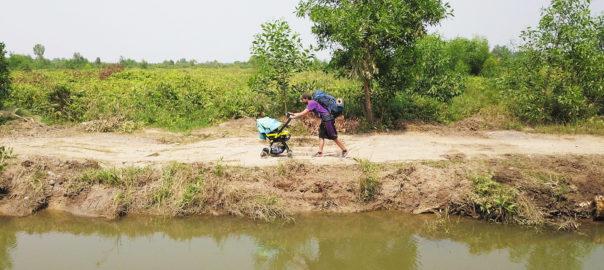 viatjar caminant cambodja