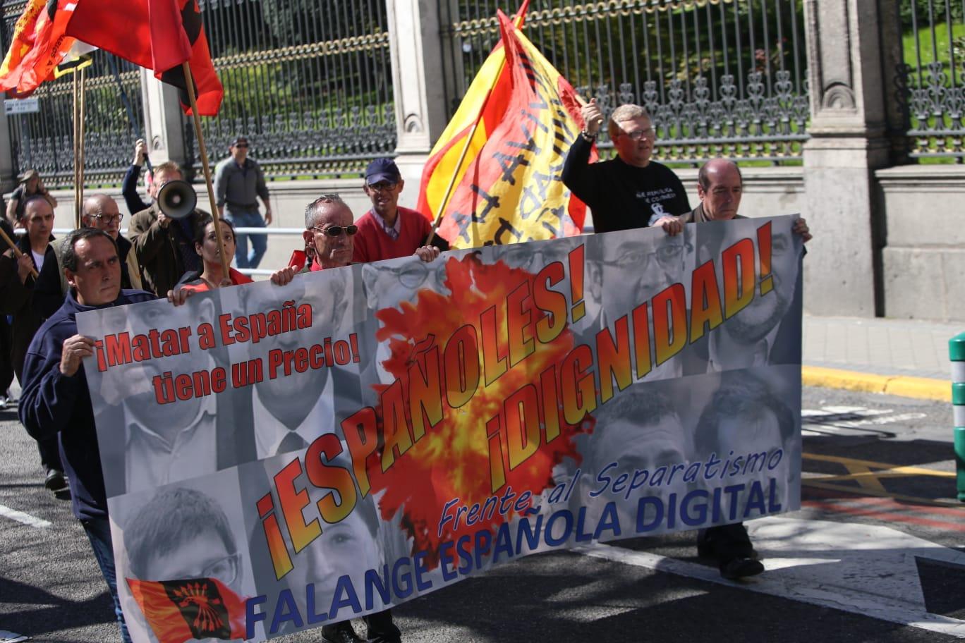 contramanifestació feixista