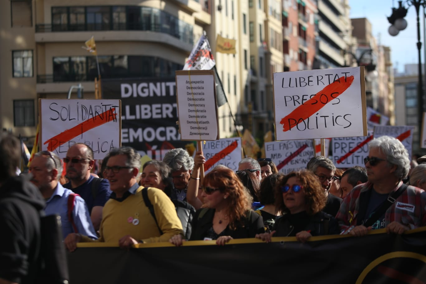 manifestacio 25 dabril valencia