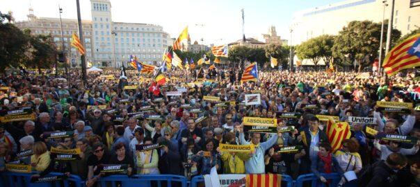 https://imatges.vilaweb.cat/nacional/wp-content/uploads/2019/06/mani-barcelona-8-12202538-604x270.jpeg