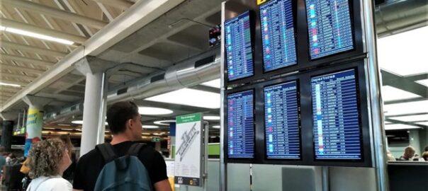 vaga controladors passaports palma