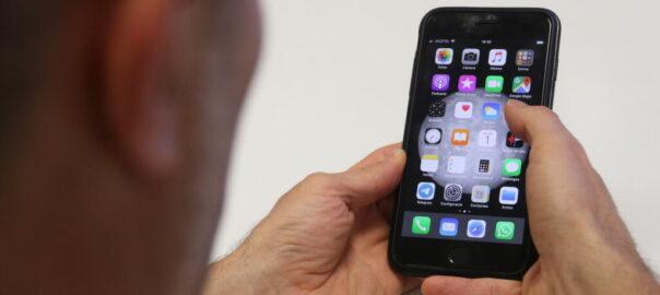 com netejar telefon mobil
