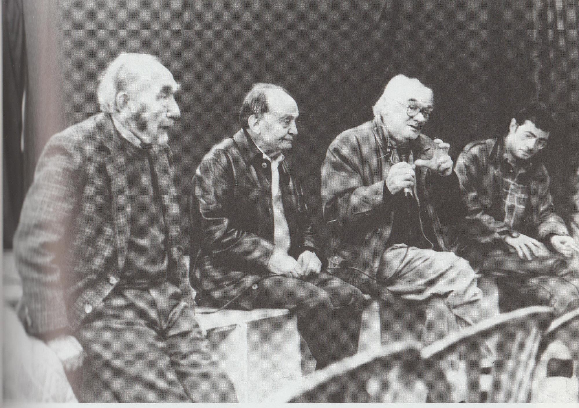 Floreal Barberà, Joan Catalán, Luis Andres Edo y Xavier Montanyà al debate sobre el grupo de Francisco Ponzán.Barcelona, Espacio Abierto, 2000.