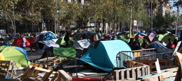 acampada plaça universitat