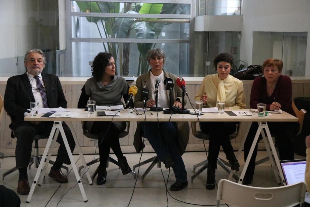 International observers denounce massive violation of human rights at Catalan referendum trial - VilaWeb
