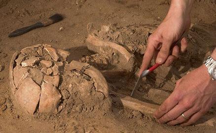 exhumació restes humanes