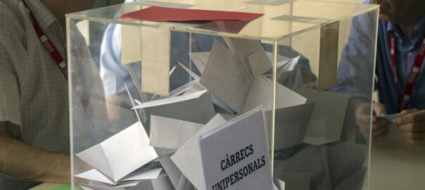 Metges de Catalunya urna eleccions