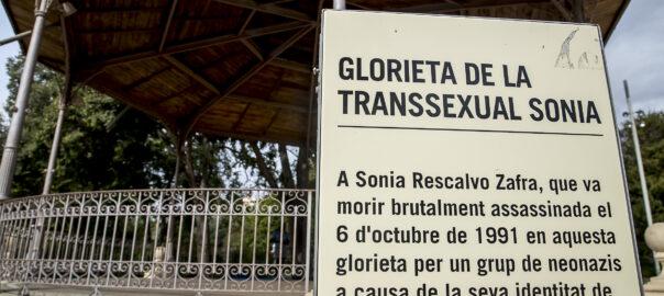 Placeta en memòria a Sonia Rescalvo
