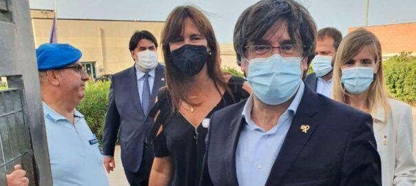 Puigdemont surt de la presó de Sardenya