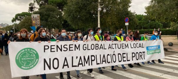 Manifestació en contra del port de València